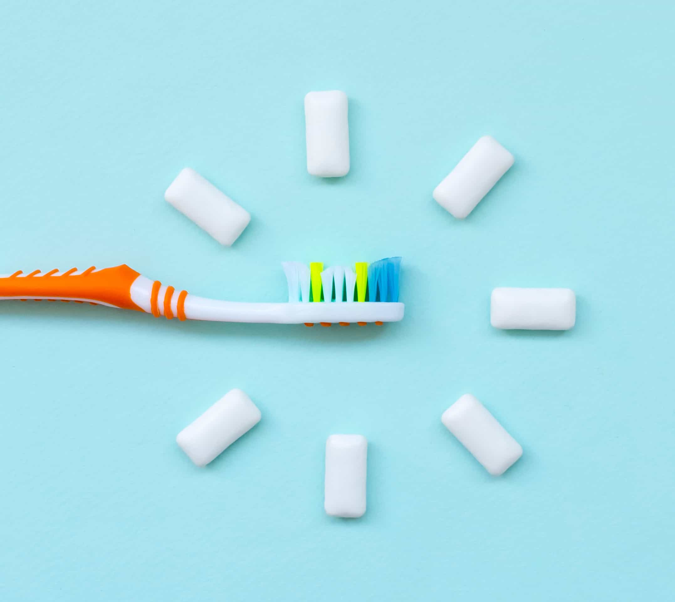 How to Keep Your Gums Healthy With Dentures